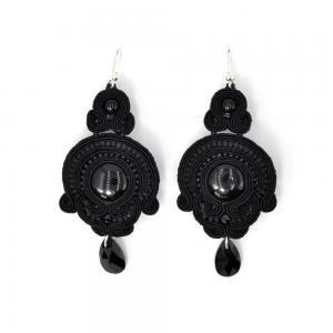 Kolczyki sutasz średnie black GILLYFLOWER | Leśna Pracownia Biżuterii Ewa Wronka Eva Sutasz