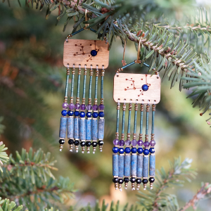 Kolczyki z lapis lazuli, ametystem, spinelem i hematytami ZODIAC - jasny dąb