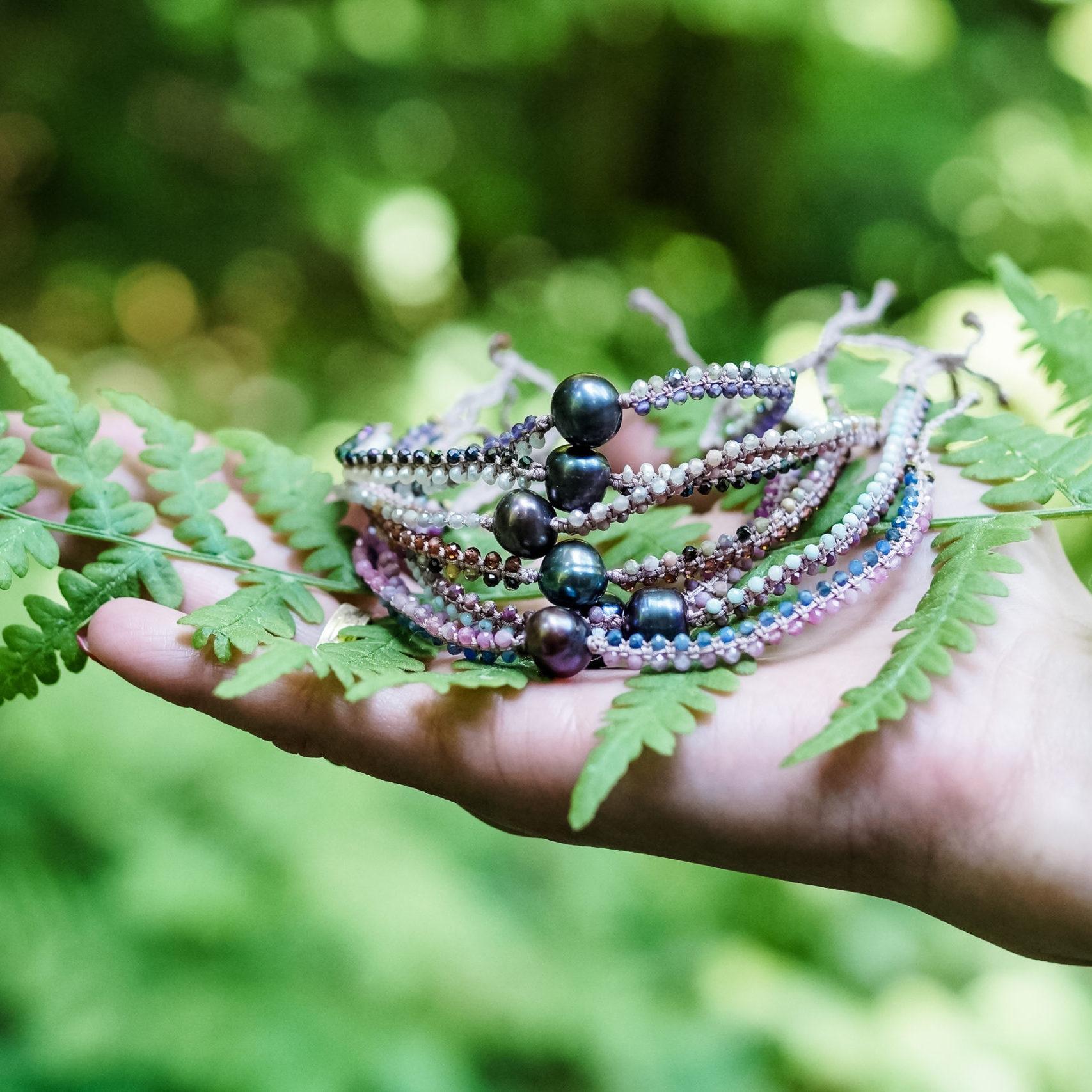 Bransoletka z kamieni naturalnych Siła Kobiecości Leśna Pracownia Ewa Wronka